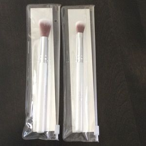 2 PUR Blending Brushes NIP Concealer / Crease